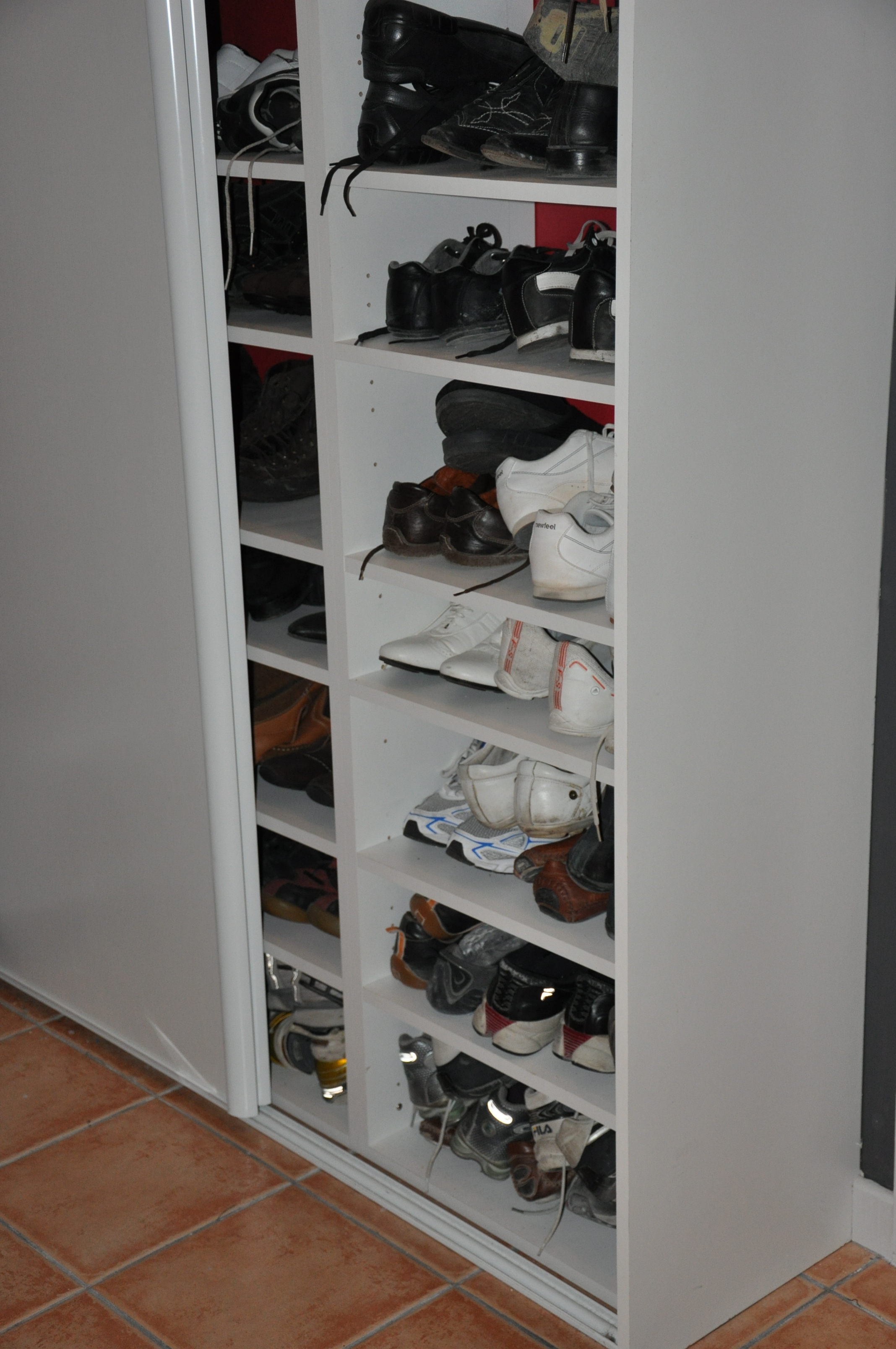 amenagement placard rangement chaussures. Black Bedroom Furniture Sets. Home Design Ideas